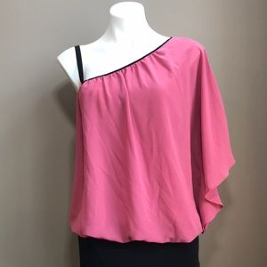LE CHATEAU Off the Shoulder Blouse Size Medium